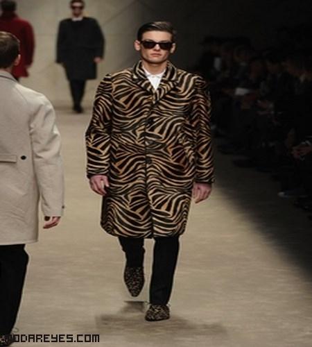 abrigos estampados de moda