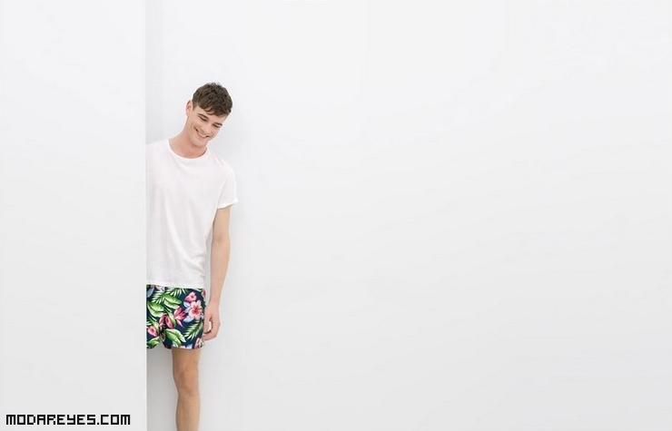 bañadores de flores a la moda