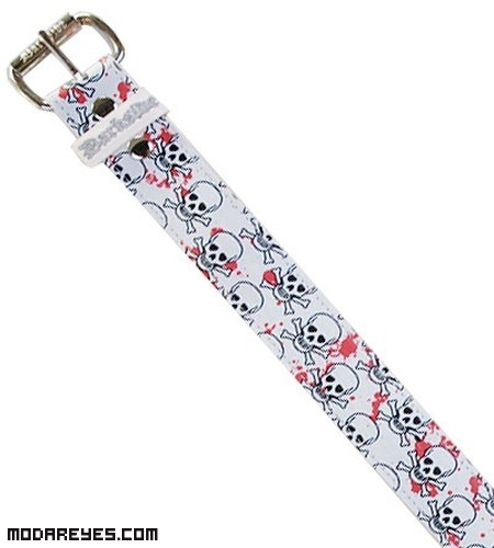 Cinturones con dibujos para animar tu look