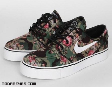 Nuevas zapatillas de Nike con estampado de moda