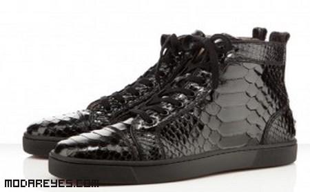 Zapatillas de cordones en color negro