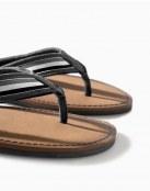 No te vayas a la playa sin las sandalias