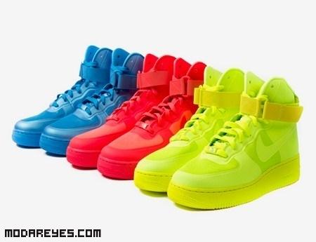 Zapatillas neón de la mano de Nike