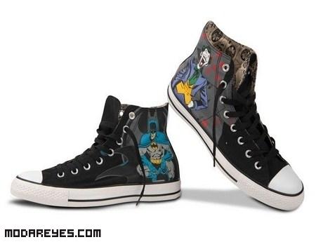 Zapatillas con dibujos de cómic